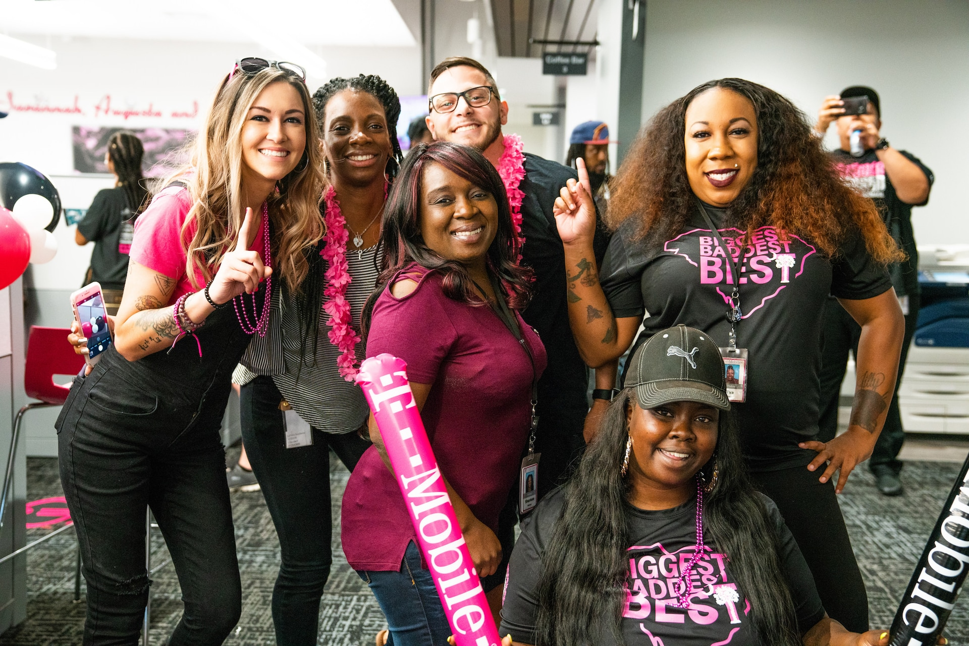 T-Mobile Employees Show Off Un-carrier Pride